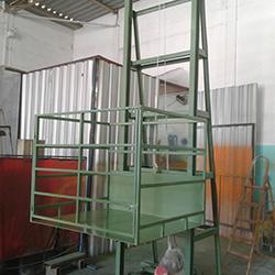 Fabricante de Elevador de Carga Industrial